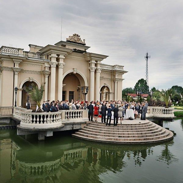 Najpiękniejsze miejsca w Warszawie, czyli udany reportaż i sesja ślubna